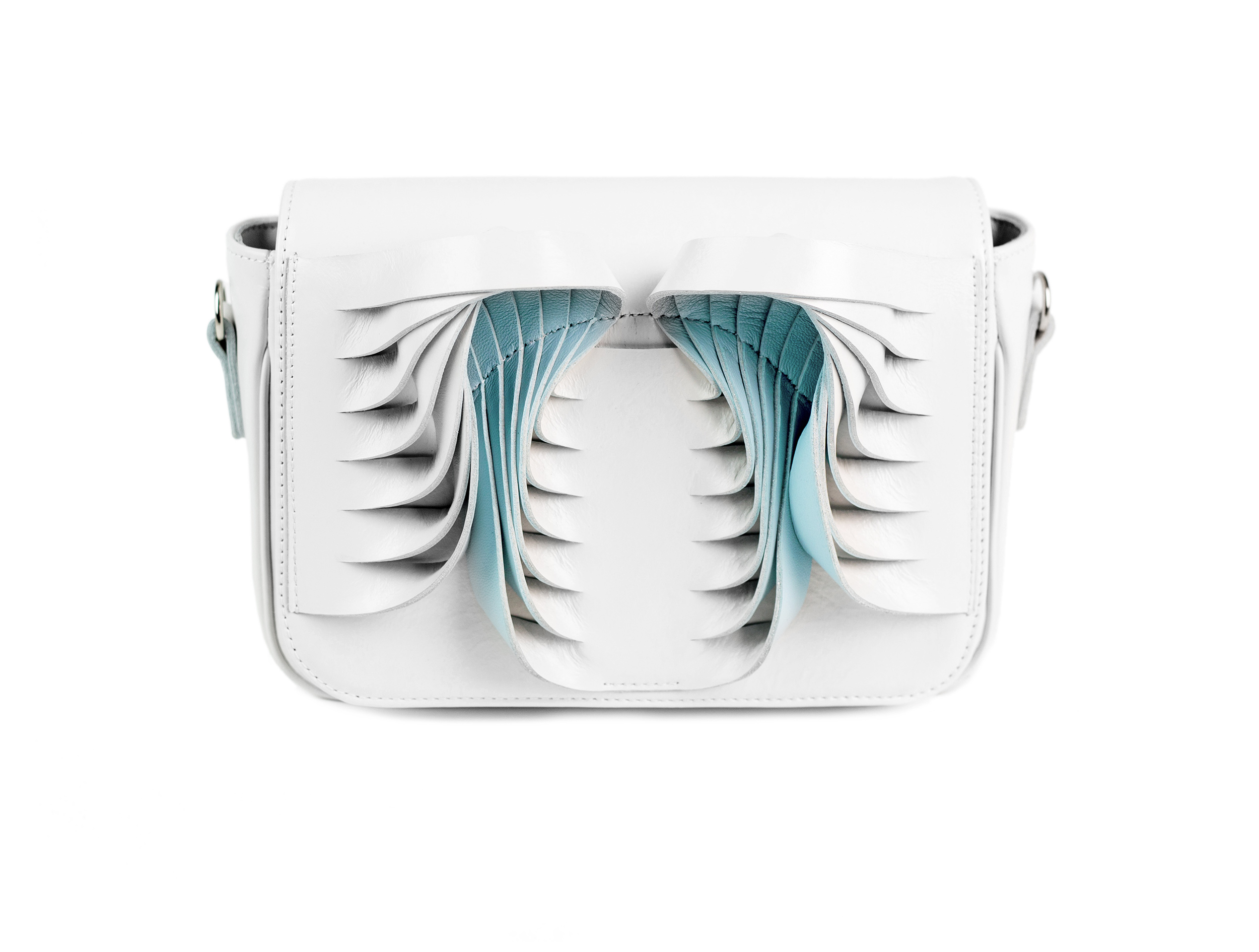 golovina-angel-wings-bag-white-and-blue-02
